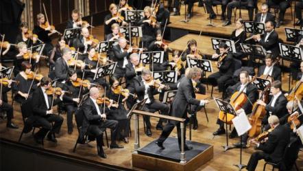 orquesta0430-1000